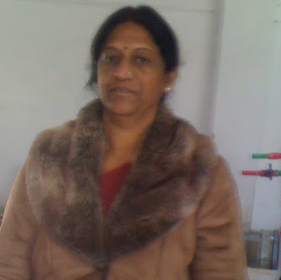 Usha Vyas Photo 14